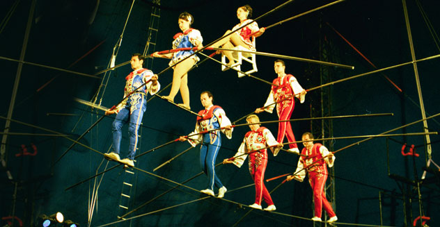 picture of acrobats